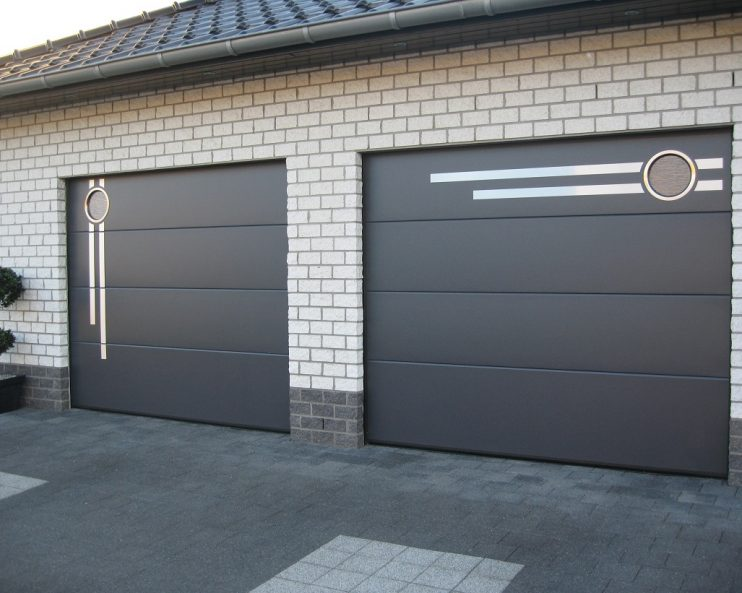 Sektsionnye garazhnye vorota 1 фото